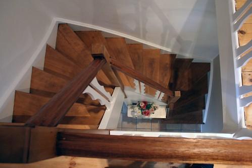 Houten trap behandelen wat eerst en werkwijze bouwinfo for Houten trap behandelen