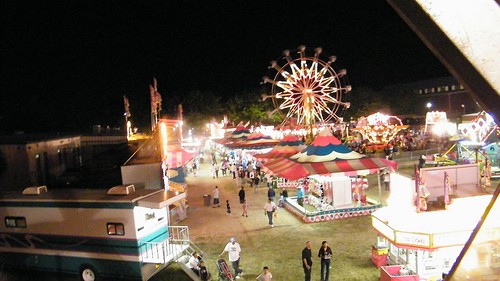 Night lights at the annual fair