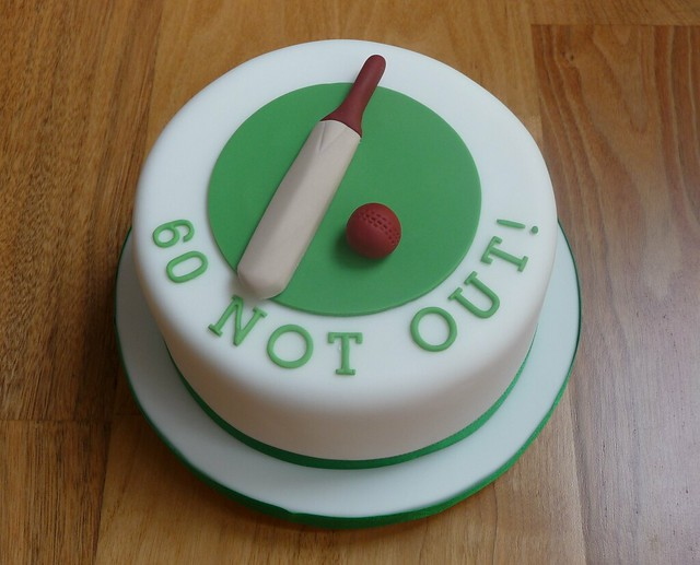 Cricket Bat Cake Images : Minature Cricket Bat and Ball Cake Flickr - Photo Sharing!