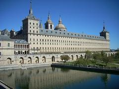 es.wikipedia.org/wiki/Real_Sitio_de_San_Lorenzo_de_El_Esc...