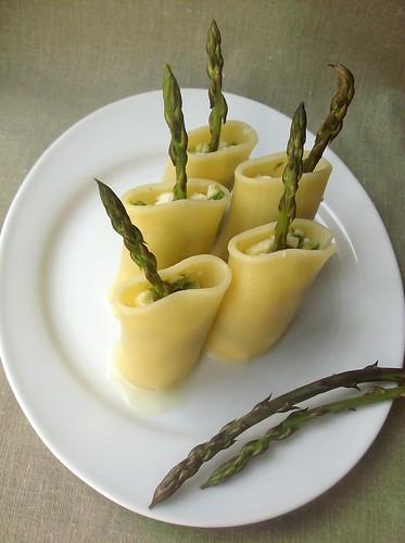 Una finestra di fronte insalata di paccheri freddi con asparagi e bufala - Una finestra di fronte ...