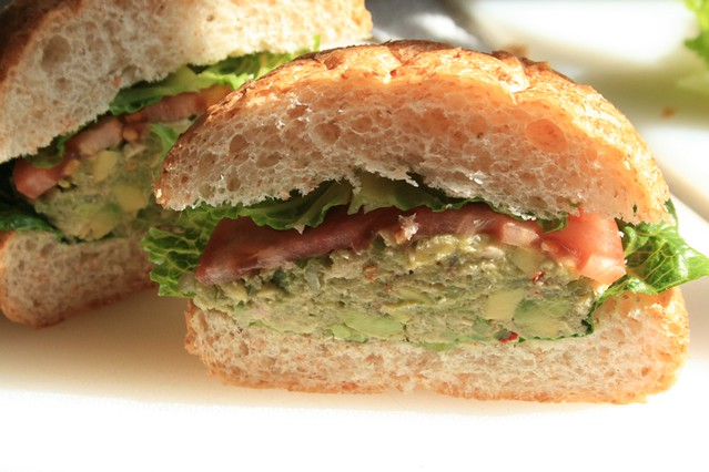 Mayoless Tuna Sandwich with Avocado