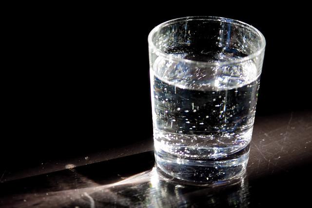 verre d 39 eau gazeuse flickr photo sharing. Black Bedroom Furniture Sets. Home Design Ideas