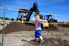 sequoia likes this digger    MG 3811