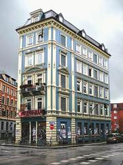 Hamburg Ottensen : Street Corner Buildings