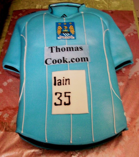 Cake Design Shirts : manchster city t-shirt cake Flickr - Photo Sharing!