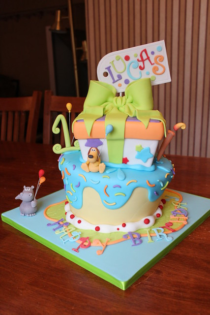 Hippo and Dog wonky party cake