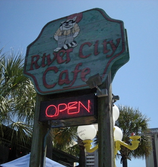 The Beach House Garden City Sc: Myrtle Beach, River City Cafe