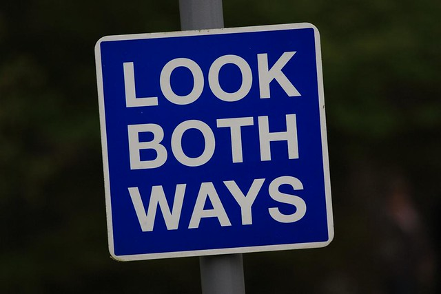 look both way Look both ways - help protect your family on the - internet no pontofriocom look both ways - help protect your family on the pontofriocom meus pedidos dúvidas.