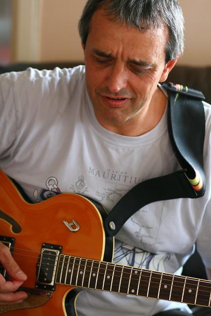 Vas y guitare