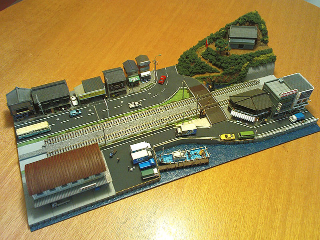 T Scale Trains http://www.flickr.com/photos/acstudio/3614967931/