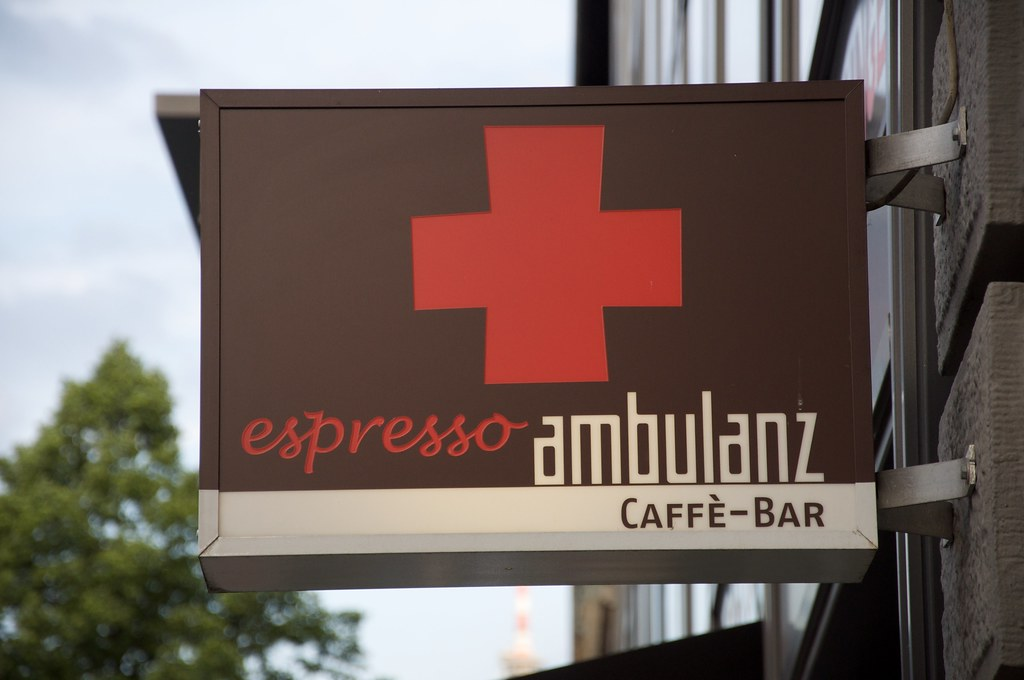 espresso ambulanz - should be mandantory in every town district