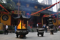 Feel the divinity at the Jade Buddha Temple - Things to do in Shanghai