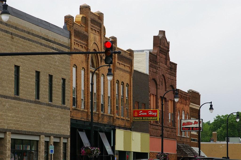Hotels Near West Union Iowa