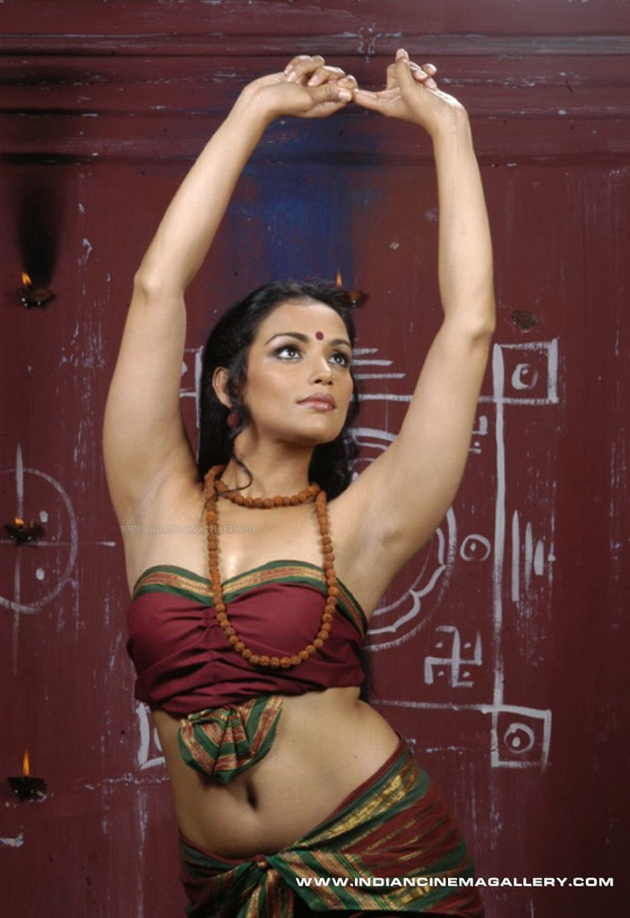 Bangladeshi model armpit pic, naked hot mama