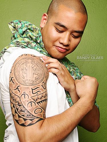 female tattoo gallery filipino tribal tattoo. Black Bedroom Furniture Sets. Home Design Ideas