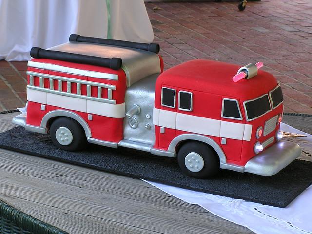 firetruck cakes