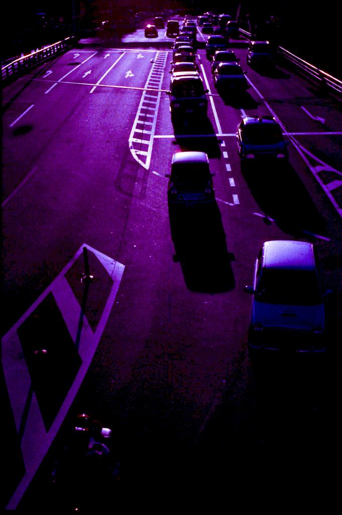 原宿駅前の歩道橋から FM2_016_0026