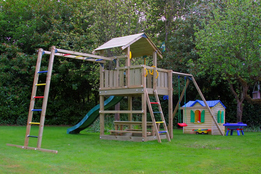 childrens climbing frames - Page 1 - Homes, Gardens and DIY ...
