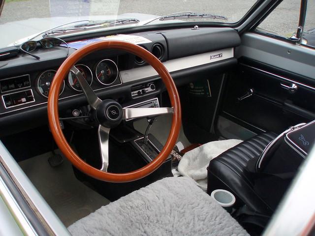 Opel kadett interior flickr photo sharing for Opel kadett e interieur