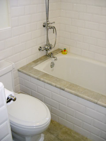 HOW TO: TILE A BATHTUB SURROUND