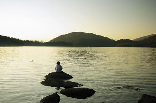 california boy sunset summer fishing pentax bsa shaverlake ilovecalifornia k200d campchawanakee pentaxk200d pentaxda1855mmf3556alii boysscoutcamp