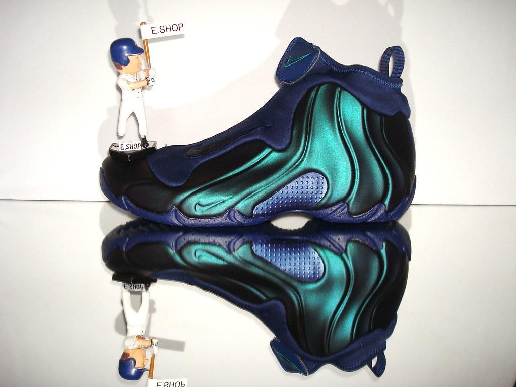 Mavericks Color Nike Shoes