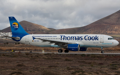 Thomas Cook Airlines plane picture by Flickr user Andy_Mitchell_UK