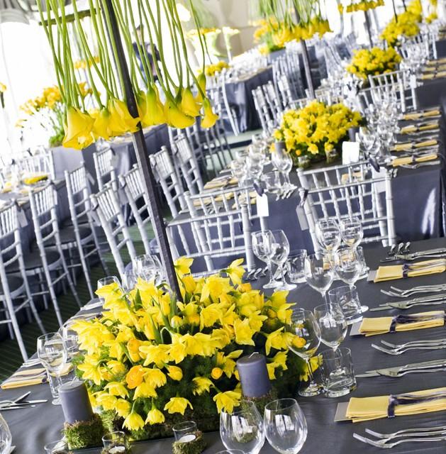 The grey velvet napkin ribbon matches the super silver taffeta tablecloths