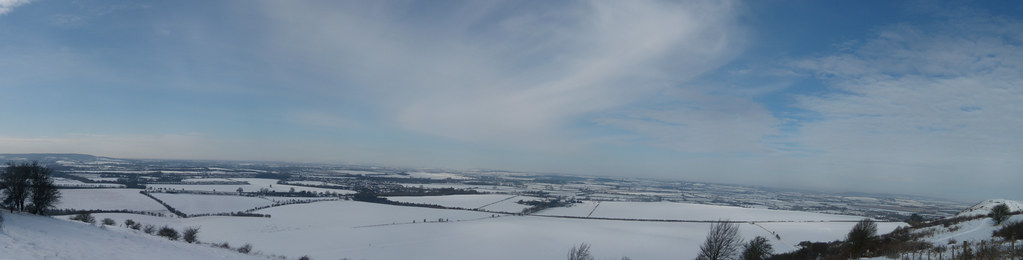 """View over the plain try clicking """"all sizes"""" Tring to Berkhamsted"""