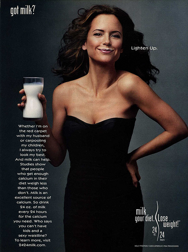 kelly-preston-got-milk?-advertisement