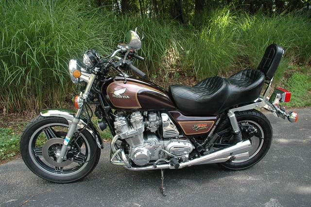 Download Honda service manual cb900f