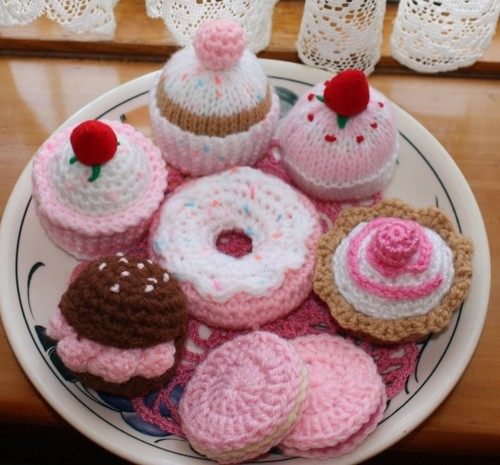 Cake The Cat Amigurumi : More Pink Knit & Crochet Cakes Flickr - Photo Sharing!