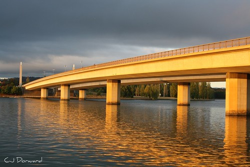 Canberra Bridge early morning