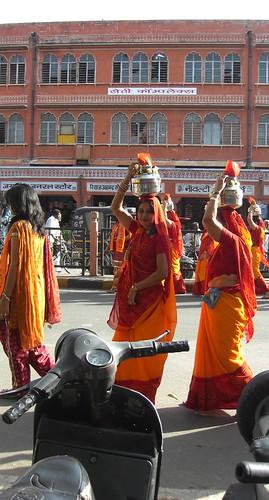 Women in Gangaur festival