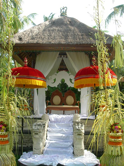 decorating backyard wedding puri santrian balinese wedding decor flickr photo 3360