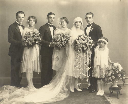 Planning an Authentic Vintage Wedding - 1920s