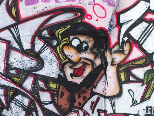 Graffiti mit Schneidergeselle aus Dresden  höher als der Himmel, blasser als der Mond, die Sterne leuchten, die Winde wehn, es rauscht ja die Welle, ich muß in die Fremde auf Wanderschaft gehn 007