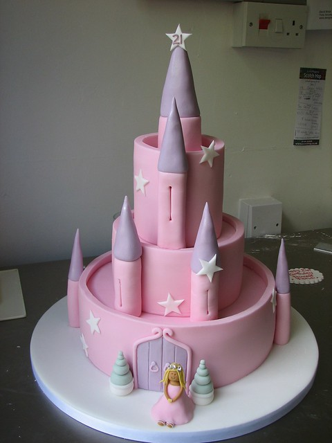 Images Of Castle Birthday Cake : fairy castle birthday cake Flickr - Photo Sharing!