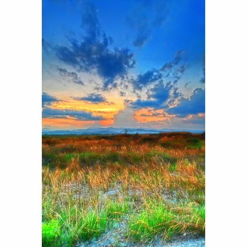 sunset sun field clouds skies cgb hdr photomatix boiworx