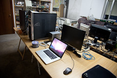 personal computer hardware, furniture, room, personal computer, design, office, desk,