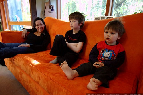 grandma watching jaws with her grandsons    MG 2372