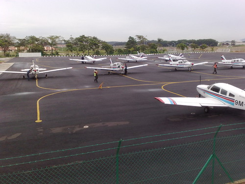 airplane geotagged mfa aircraft aviation malaysianflyingacademy piperwarrrior geo:lat=2268559 geo:lon=102253541