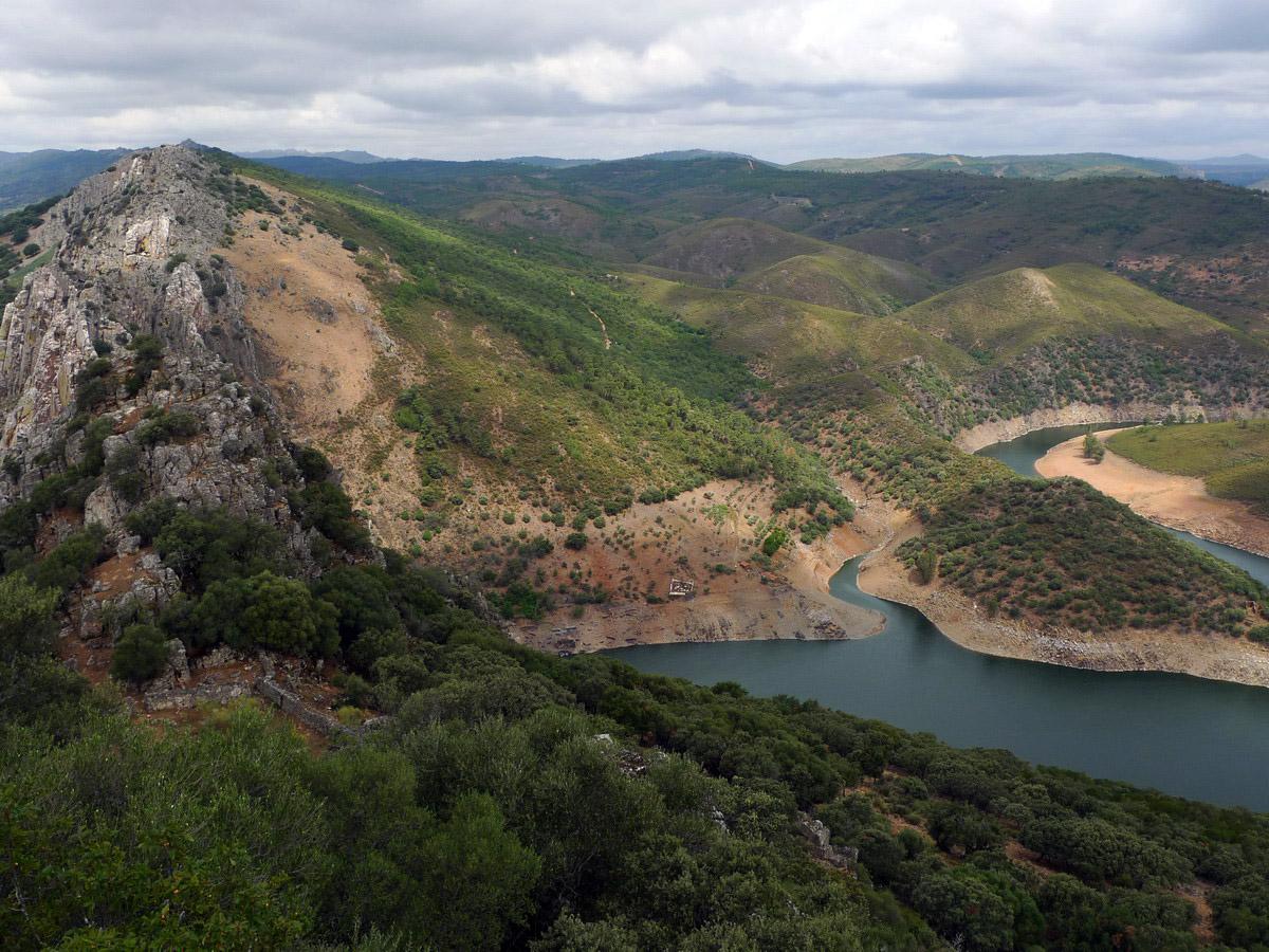 Rio Tajo a su paso por Monfragüe
