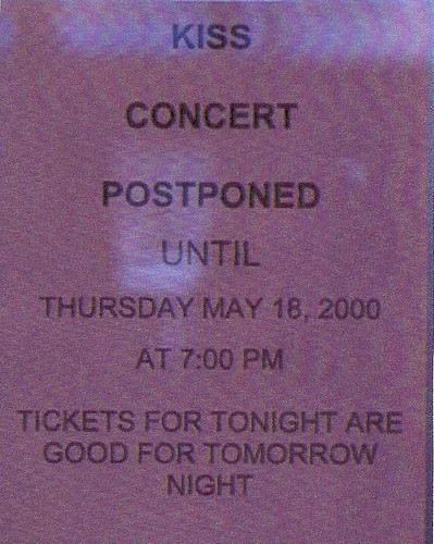 05/17/00 Kiss @ Minneapolis, MN (Door Sign Announcing Show Postponement)