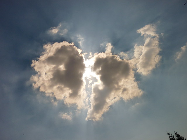 broken heart cloud