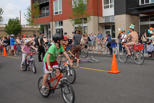 Art Bike Parade at Cirque du Cycling-60