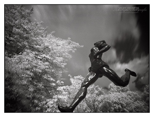 InfraRed Running Sculpture
