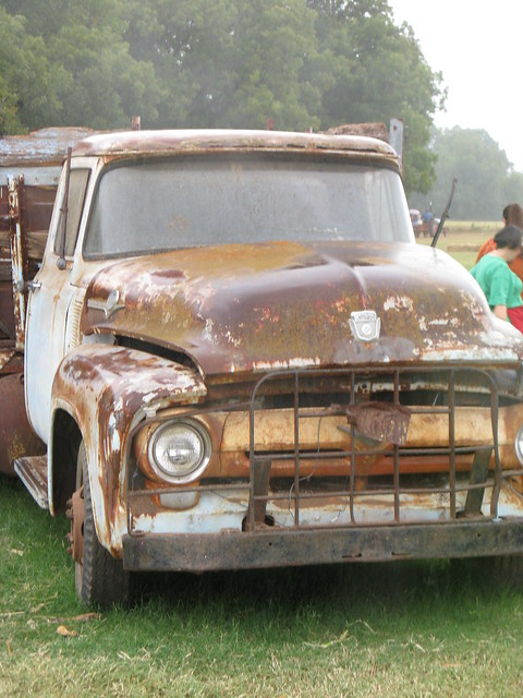 Ol Clunker On The Farm Sweetberry Farms By