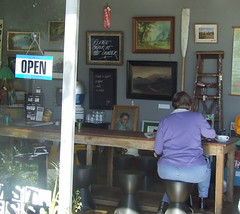 Dudley St Espresso and Collectables, Ipswich Rd and Dudley St, Annerley Junction, Brisbane, Queensland, Australia 090617-1